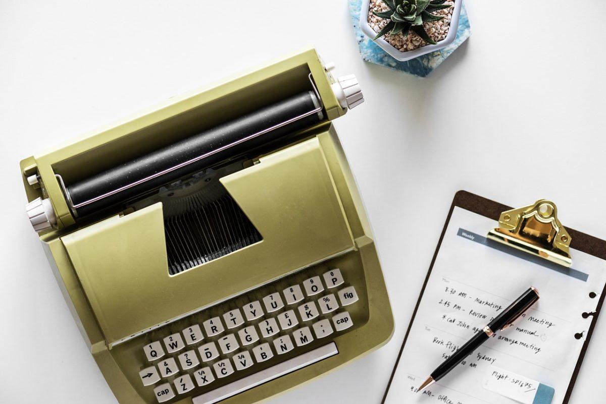 Content Marketing Digital Marketing Strategy Typewriter Notes